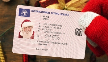Plastic Santa Claus Lost Flying Licence