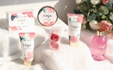 Luxurious 6 Piece Bath and Body Gift Box for Women